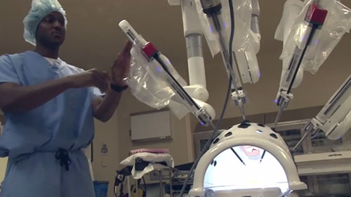 The da Vinci XI is the newest model robot helping the surgical team at   West Valley Hospital. It gives doctors better vision and offers more flexibility. Cronkite News reporter <b>Sammi Davis</b> gives us the details.