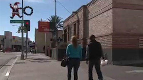 Some banks have closed branches in border towns at the U.S./Mexico border, which some officials say has affected local businesses. Reporter <b>Samantha Davis</b> traveled to Nogales, Arizona to find out more about closures there.