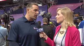 Kurt Warner, former Cardinals QB talks with Kari Osep on NFL media day. Video by Kari Osep / Cronkite News