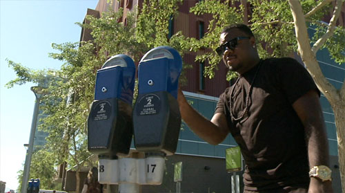 Today on Cronkite NewsWatch, the final push is on as Arizona counts down to the voter registration deadline. Plus the City of Phoenix may see a revenue boost from a big change to downtown parking meters. And a debate over who's responsible for cleaning up the Fountain Hills fountain could leave the landmark running dry.